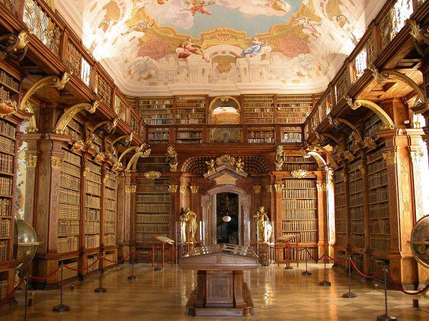 Melkas bibliotēka